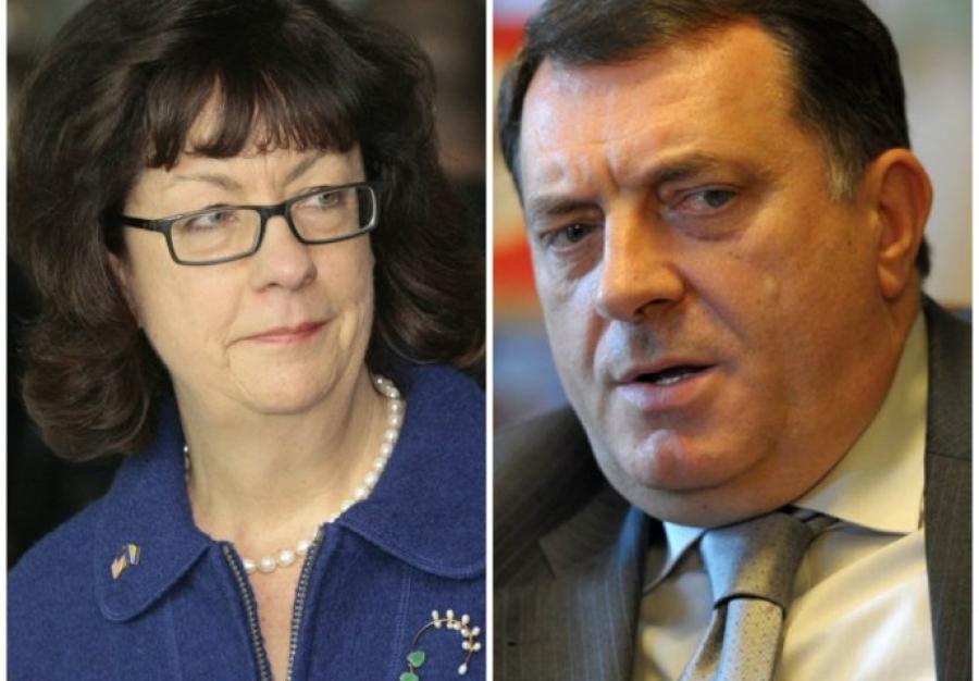 Ambasadorka SAD u BiH potvrdila  da su uvedene sankcije Dodiku