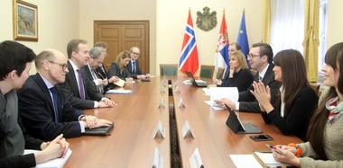 Vučić se zahvalio Brendeu na  humanitarnoj pomoći Norveške