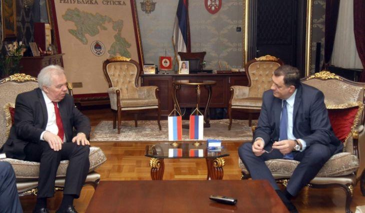 Dodik zahvalan  ruskom ambasadoru u BiH Petru Ivancovu