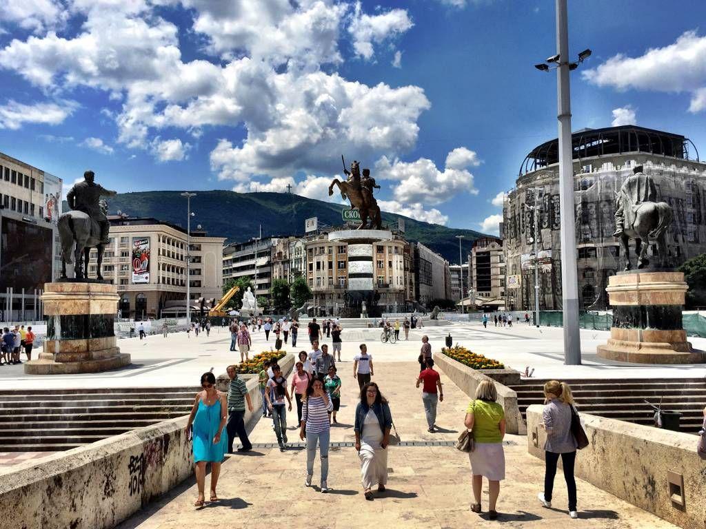 Neobična anketa nevladinih organizacija: Makedonija ima 200.000 homoseksualaca!