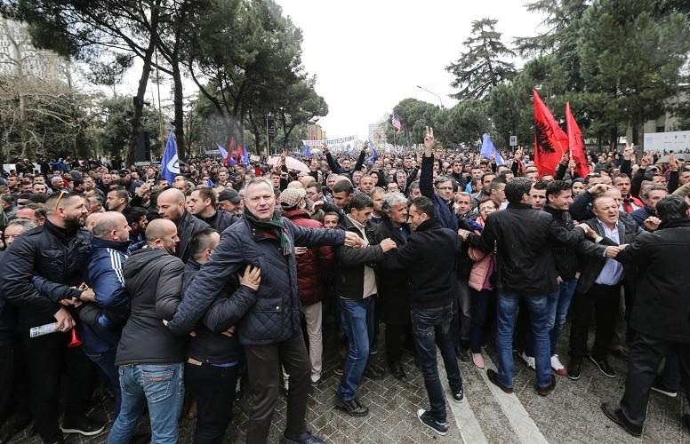 Tirana: protest opozicije