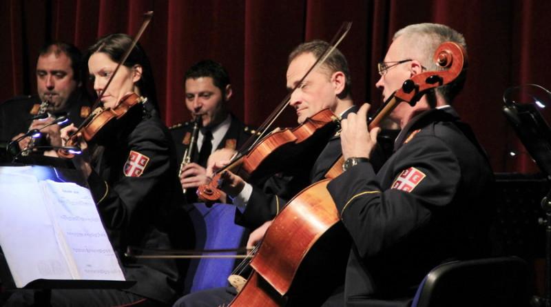 """Sutra u Domu VS zajednički koncert ansambala """"Stanislav Binički"""" i  """"Princ od Velsa"""""""