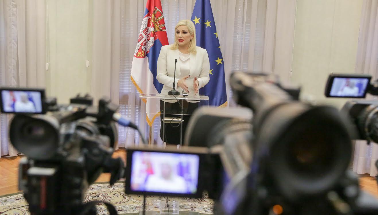 Mihajlovićeva: Danas je dobar dan za SNS, biramo pobedničkog kandidata