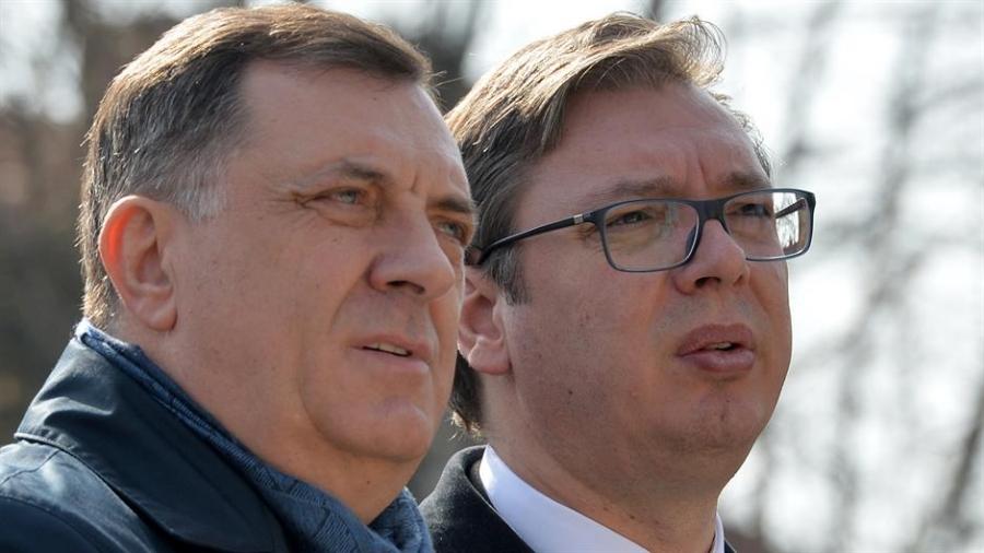 Dodik iz Moskve demantuje vesti da hoće da sruši Vučića