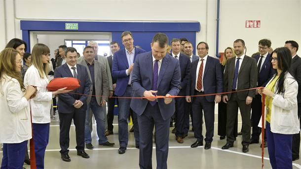 Ruma: Vučić na otvaranju novog pogona fabrike Hačinson