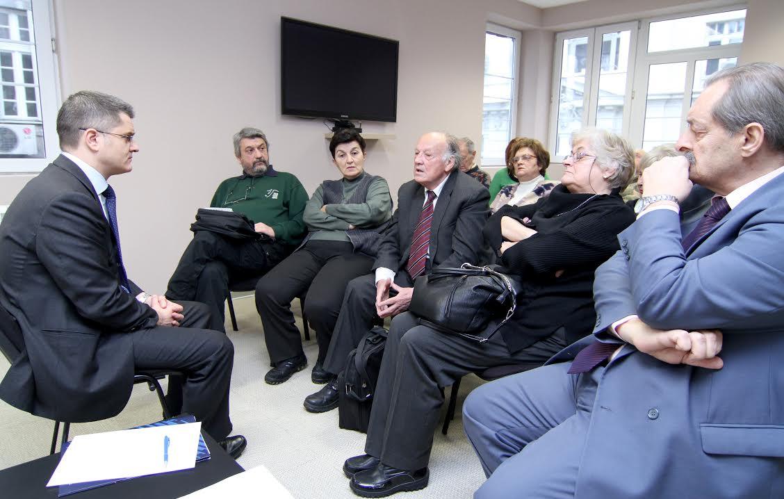 Penzioneri razgovarali sa Vukom Jeremićem: Srbiji treba bolja vlast i vladavina prava
