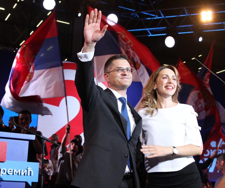 Jeremiću Novom Sadu: Ponovio ćemo osvetliti Srbiju buktinjom slobode