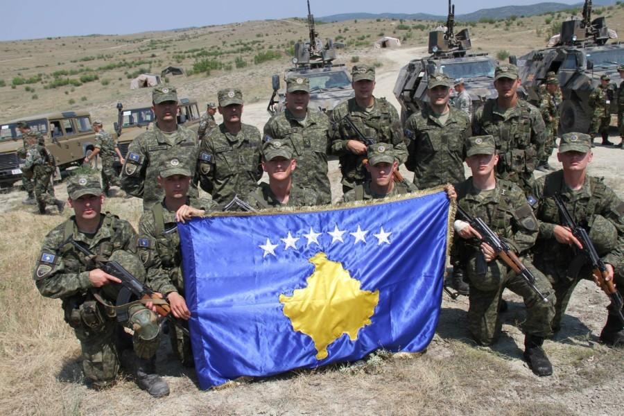 Kosovo: Tačijeva vojska imaće 8.000 pripadnika