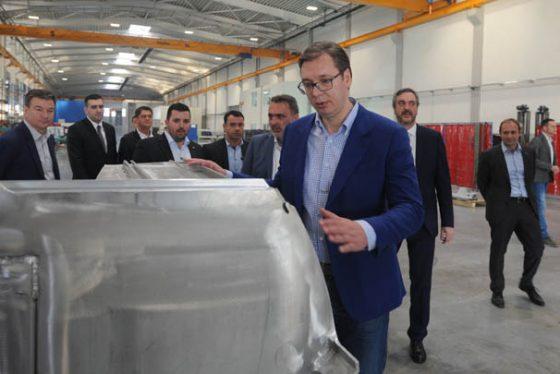"""Kragujevac: Vučić posetio domaću kompaniju """"Milanović Inženjering"""""""