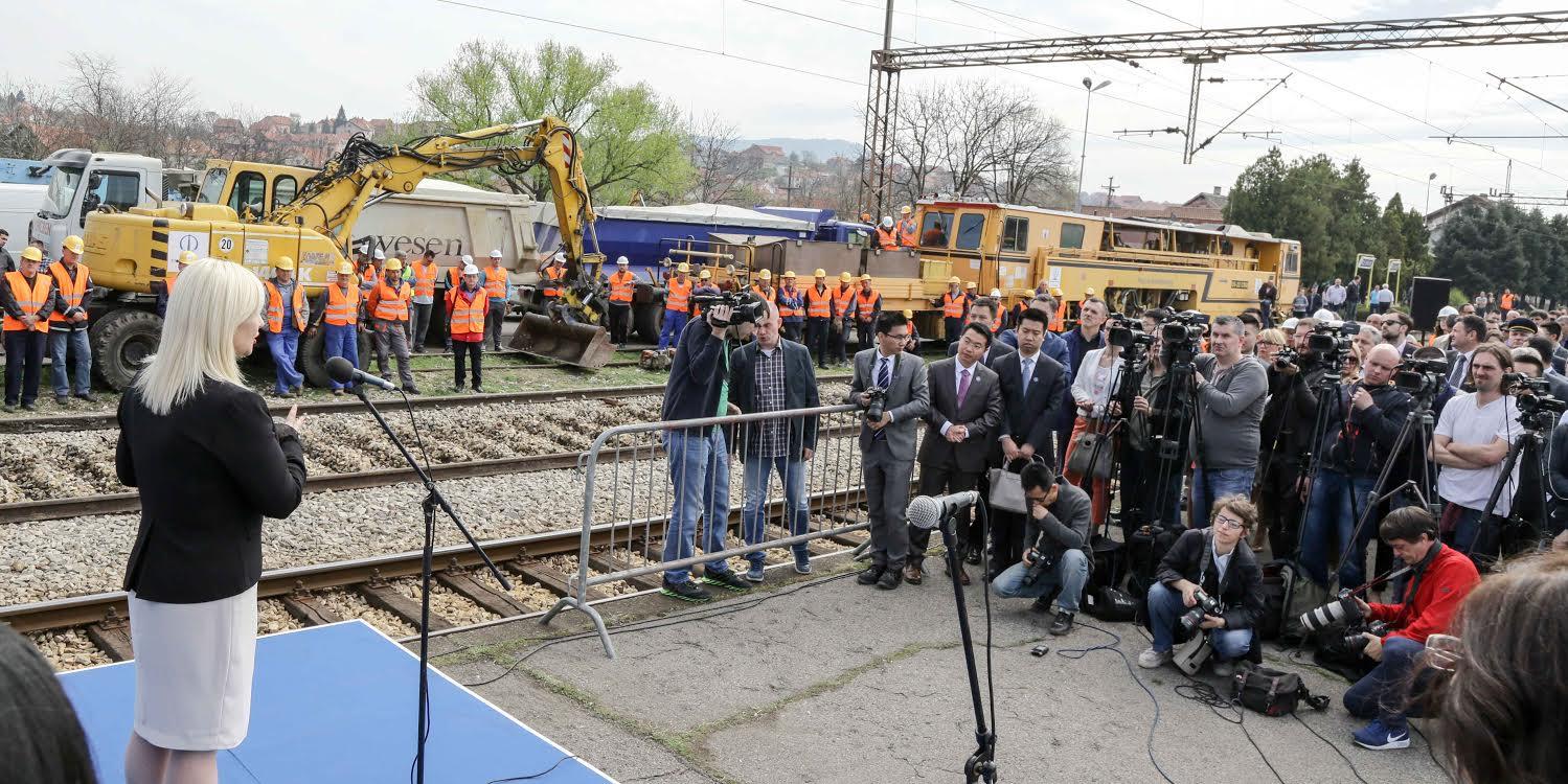 Zorana Mihajlović: Rekonstruisano više od 120 kilometara pruga u prošloj godini