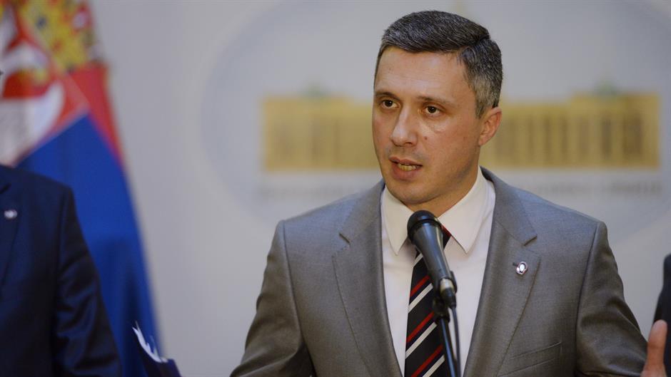 Sednica Skupštine Srbije: Dveri podržali proteste građana!