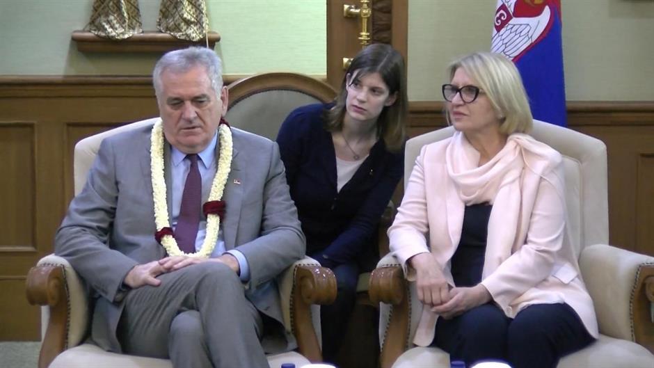 "Kabinet predsednika Nikolića demantuje pisanje Blica o Fondaciji ""Dragica  Nikolić"""