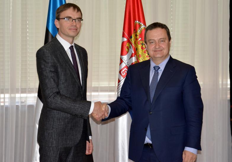 Konferencija za medije ministara spolnih poslova Srbije i Estonije Dačića i Miksera