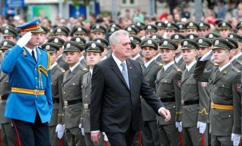Predsednik Nikolić primio  pripadnike Ministarstva odbrane i VS