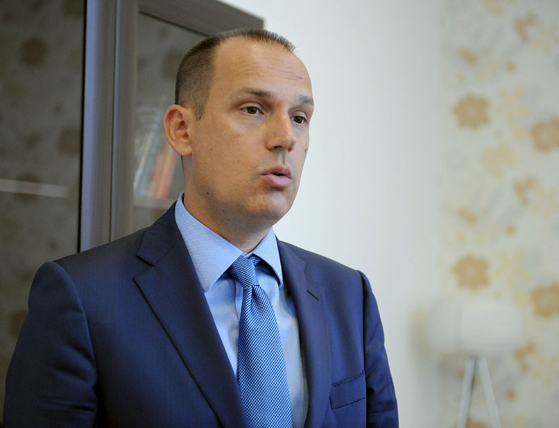 Skupština Srbije: Vantelesna oplodnja biće besplatna za sve!