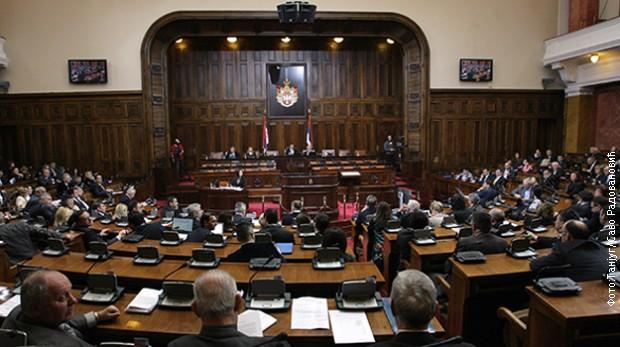 Skupština Srbije: Rasprava o amandmanima na osiguranje depozita i zajmove
