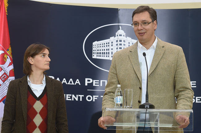 Čekajući premijera: da li je Vučić izabrao svoju marionetu!?