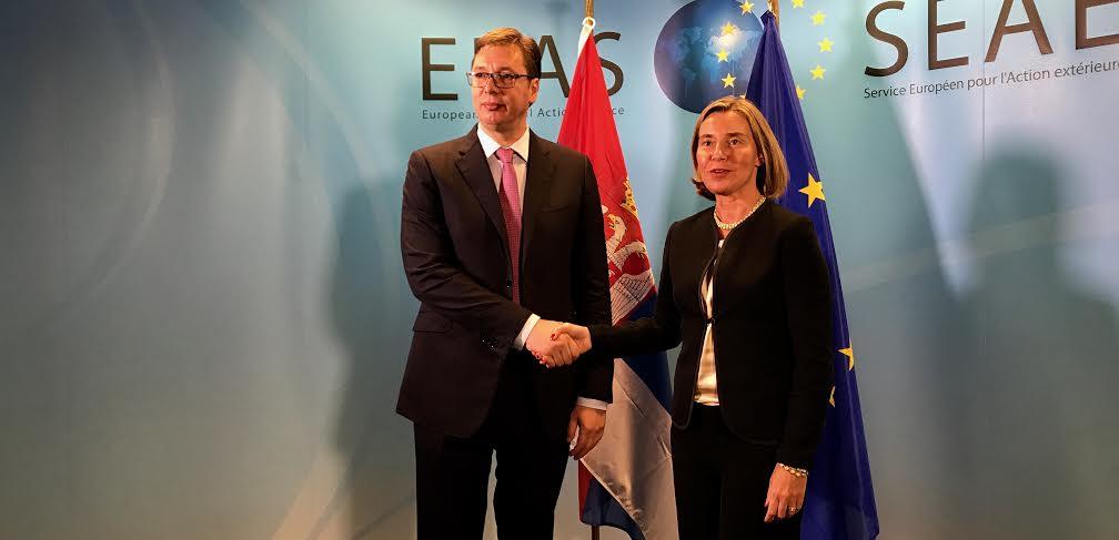 Brisel: Razgovarali Aleksandar Vučić i Federika Mogerini