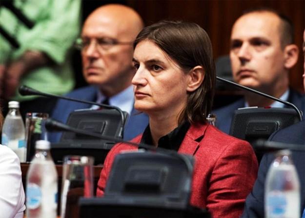 Reagovanje na odluku Aleksandra Vučića: Ana Brnabić (ne) prihvatljiva premijerka!