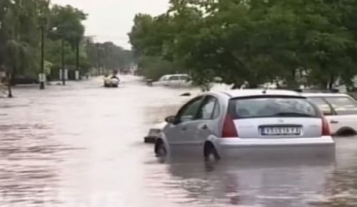 Crveni krst Srbije: Pomoć poplavljenima u Vršcu i Beloj Crkvi