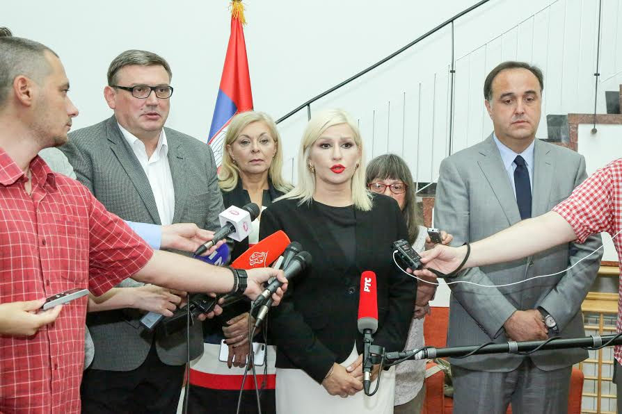 Zorana Mihajlović: vreme ja da putari razmišljaju o ujedinjavanju!