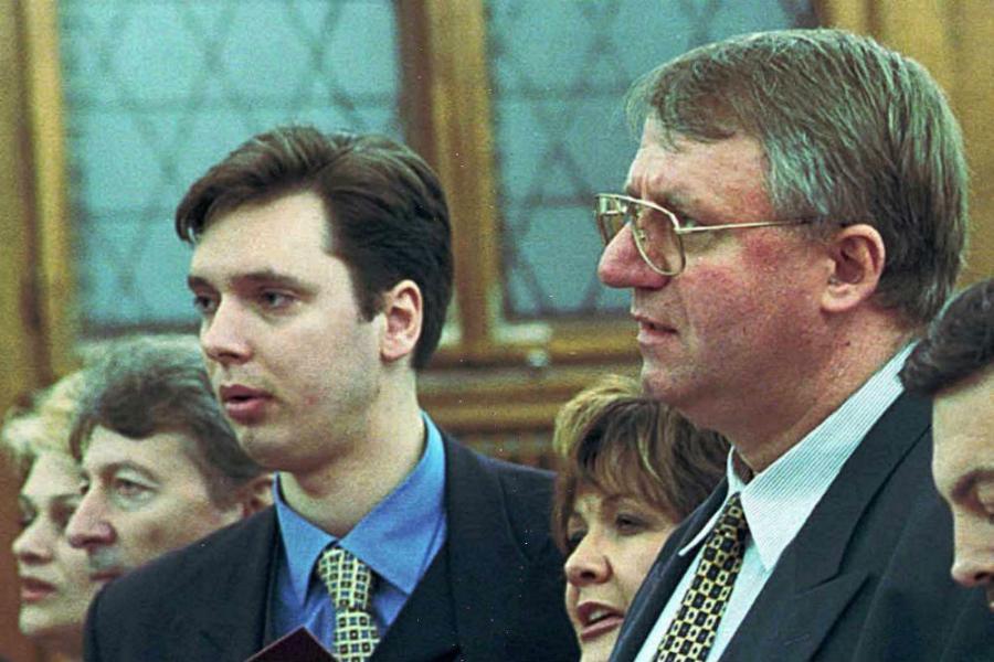 Šešelj: Vučić hoće da podeli Nobela sa Tačijem!