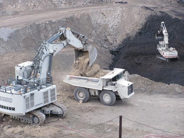 Kolubara: Ukrali 10 tona nafte iz rudarskih mašina