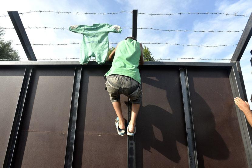 Uzalud su se ograđivali: Evropski sud pravde odlučio – Mađarska i Slovača primaće izbeglice!