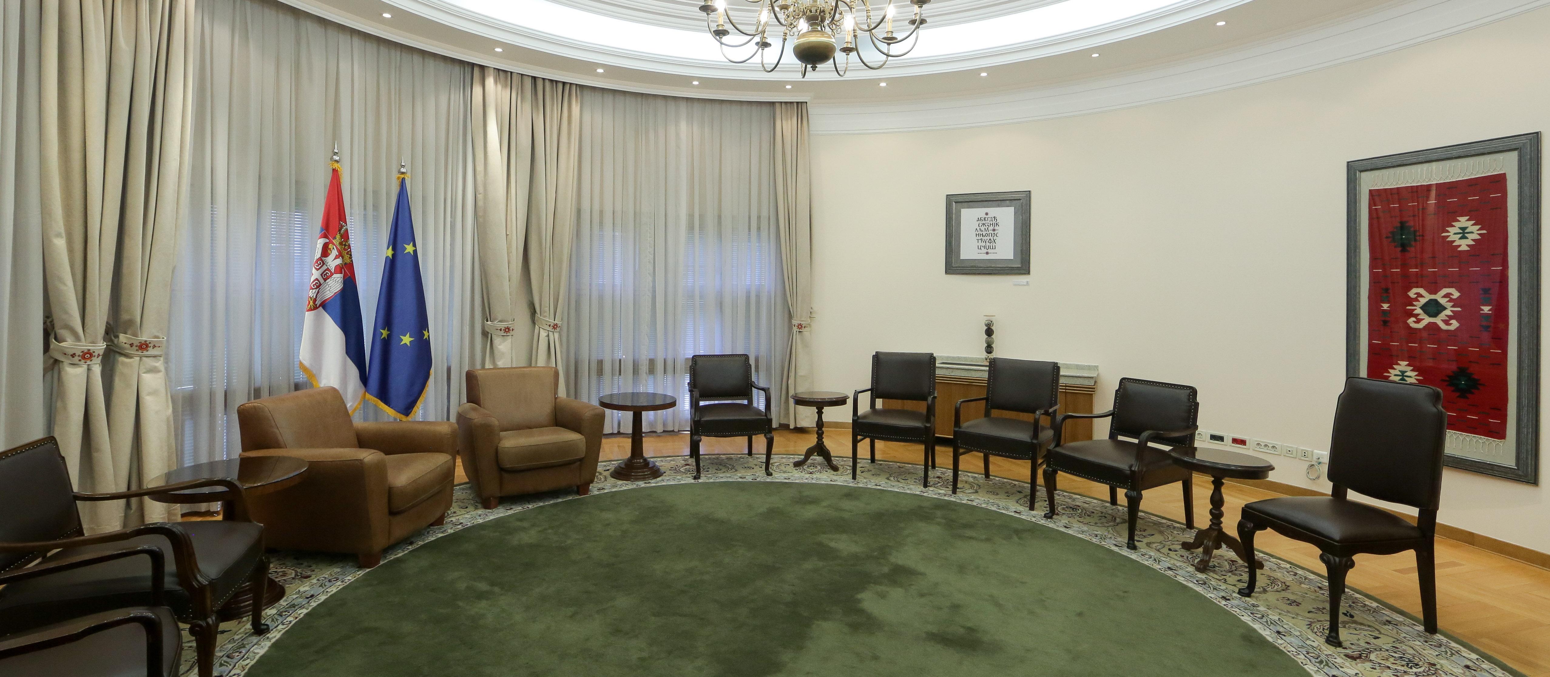 Na inicijativu Zorane Mihajlović: Žene sa sela uredile salon u Vladi Srbije