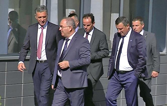 Priština: Danas sudije i tužioci Srbi – pred Tačijem polažu zakletvu