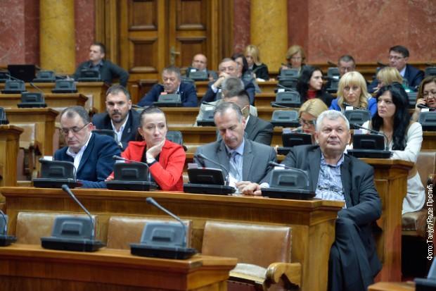 """Skupština Srbije: Da li je Transportna zajednica """"mala vrata"""" za priznanje Kosova?"""
