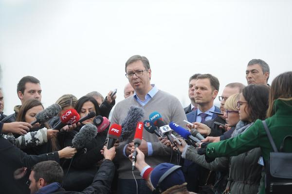 """Vučić na gradilištu Beograda na vodi: Srbiju čeka """"zelena grana""""!"""