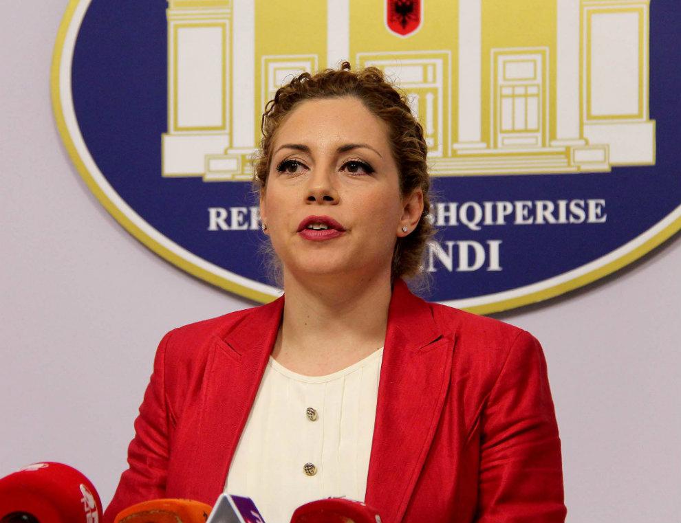 Ministarka odbrane Albanije: Uskoro vojni ataše na Kosovu