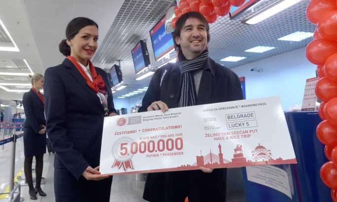 "Pet milioniti putnik aerodroma ""Nikola Tesla"": novinar Nebojša Visković"