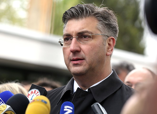 Evropski mediji: Plenković predsednik vlade koji podržava ratnog zločinca!