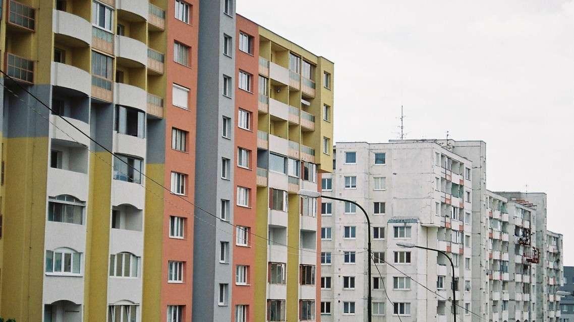 Sastala se Komisija za pripremu programa o izgradnji jevtinih stanova!