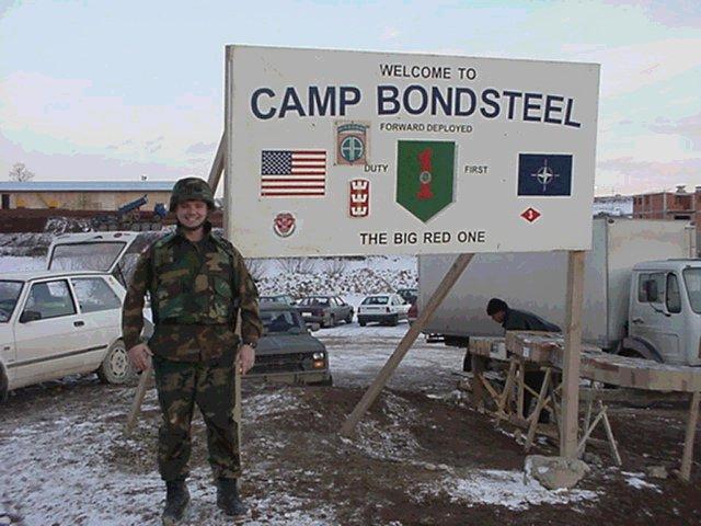 Server o peporuci Atlantskog saveta: Bondstil nije idealan za stalno vojno prisustvo SAD na Balkanu