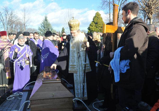 Oliver Ivanović sahranjen u Aleji zaslužnih građana na Novom groblju.