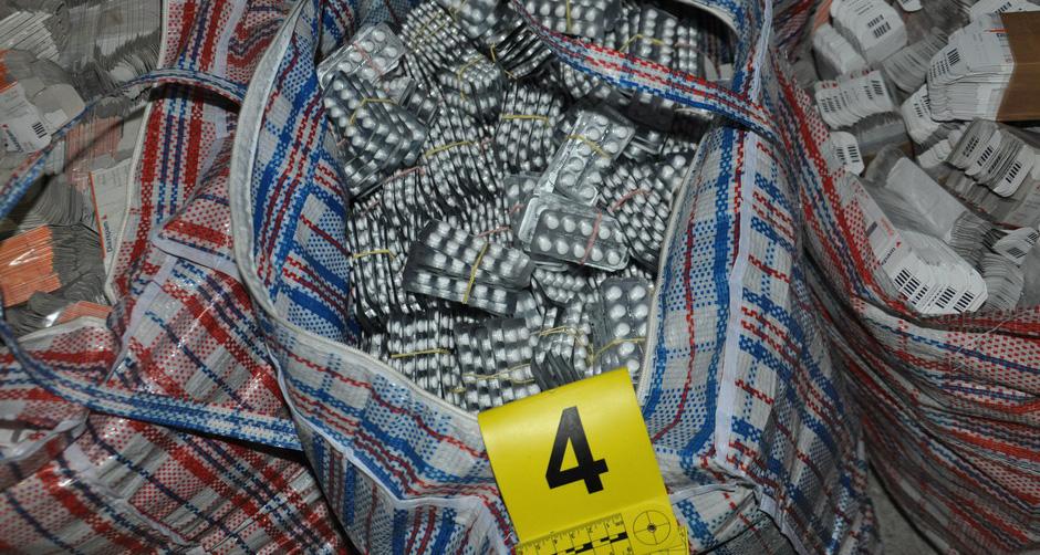 Batrovci:  zaplenjeno 299.590 tableta diazepama