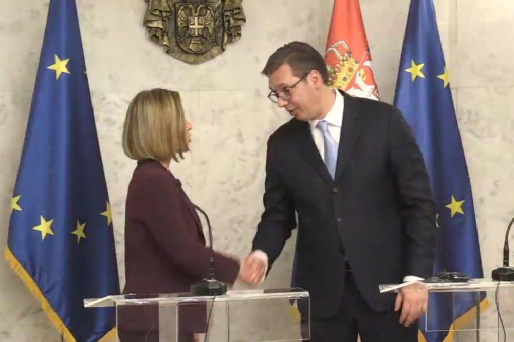 Razgovarali Vučić i Mogerinijeva
