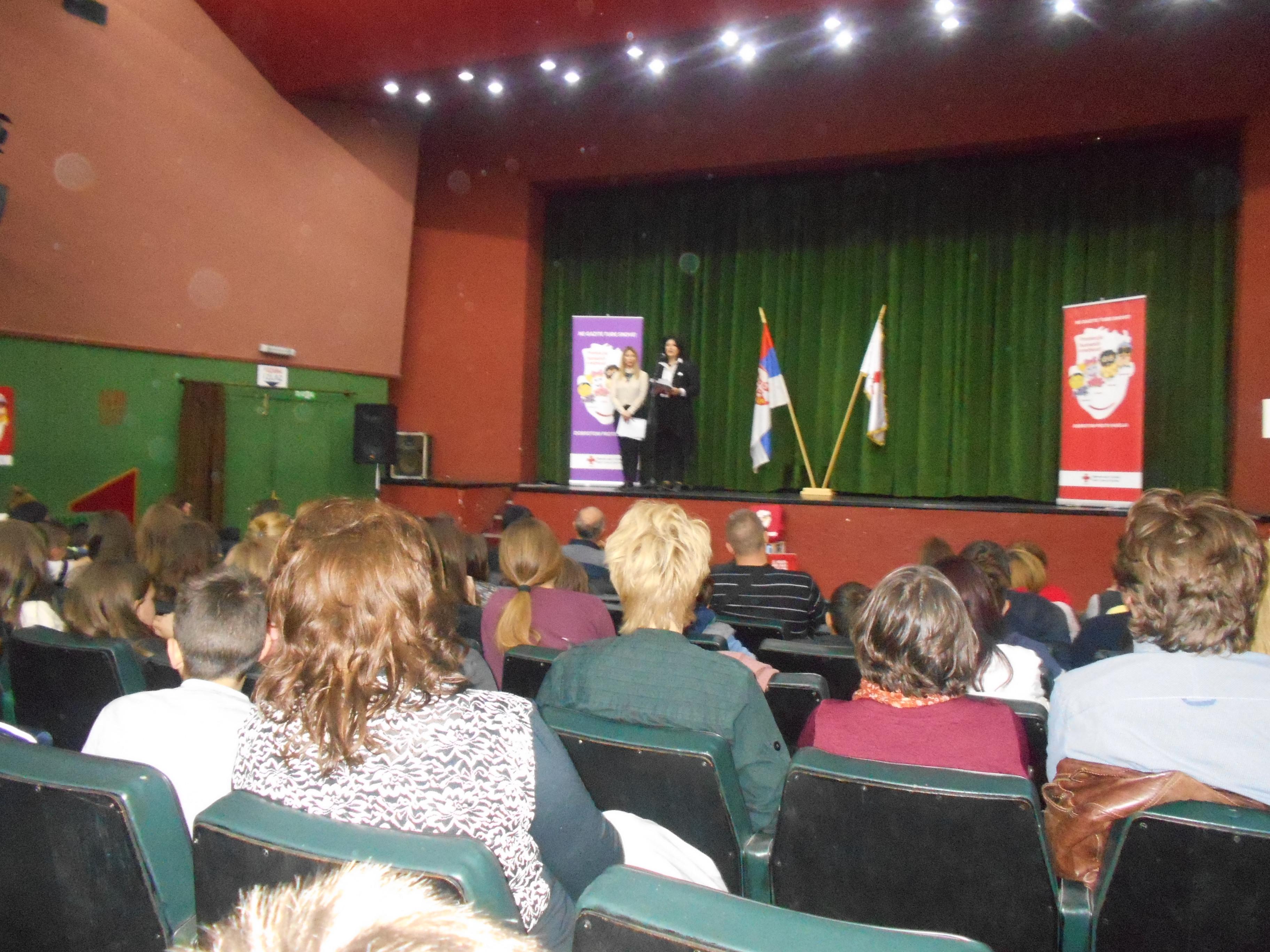 Zrenjanin: dečji pozorišni festival Crvenog krsta Srbije