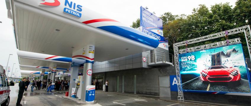 LSV/ Građani Srbije visokim cenama goriva plaćaju udvoričko ponašanje vlasti prema Rusiji