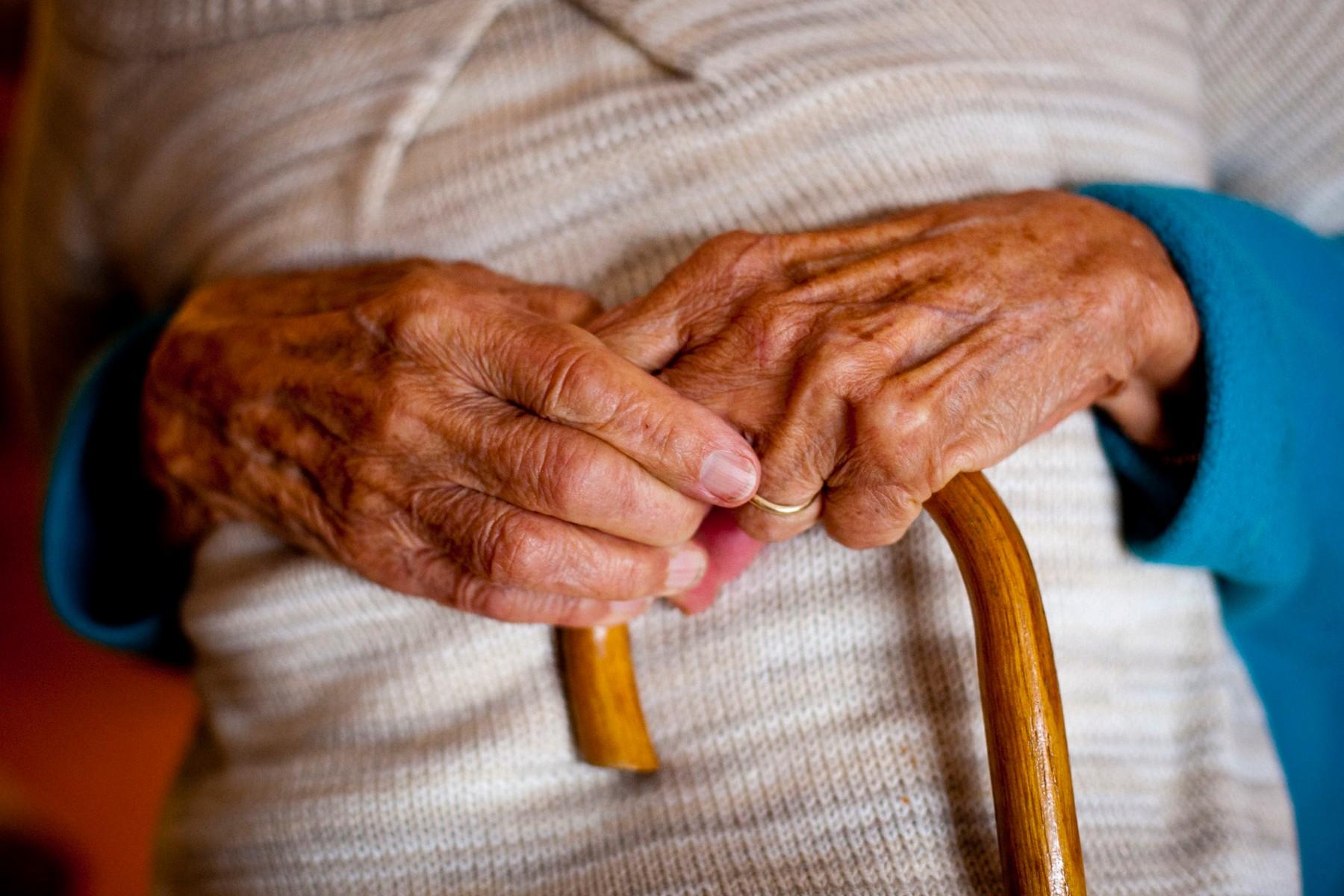CRVENI KRST/ Svetski dan protiv nasilja nad starcima
