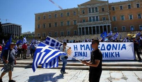 GRCI NE PODRŽAVAJU SPORAZUM