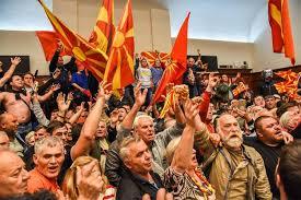 Sobranje Makedonije odlučilo: referendum o imenu 30. septembra