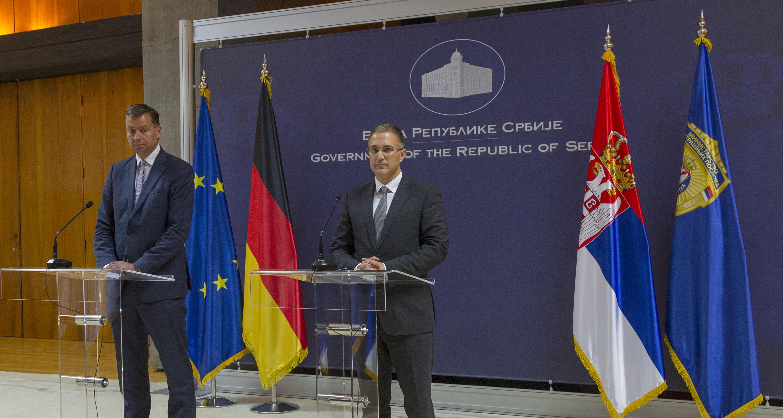 Razgovarali Stefanović i Majer: Nastavlja se nemačka pomoć