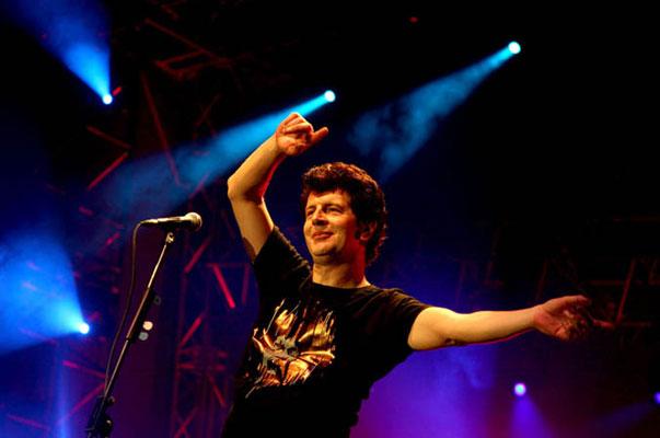 KARLOVAC (HR): Otkazan koncert Momčila Bajagića zbog pritiska dela boračkih udruženja