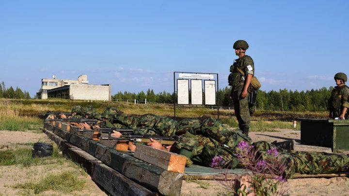 VOJNA SARADNJA: Srpski vojnici na vežbi u okolini Sankt Peterburga