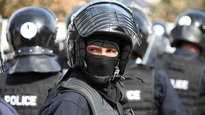 """Sutra: Kosovska policija u """"vrućoj akciji"""" na Severu Kosova!?"""