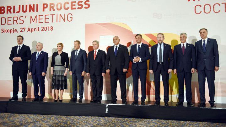 REGION: Najveću meesečnu platu ima Pahor – najmanju Vučić